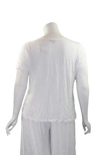 Comfy Plus Size White Crinkle Scoop Neck Tee C587