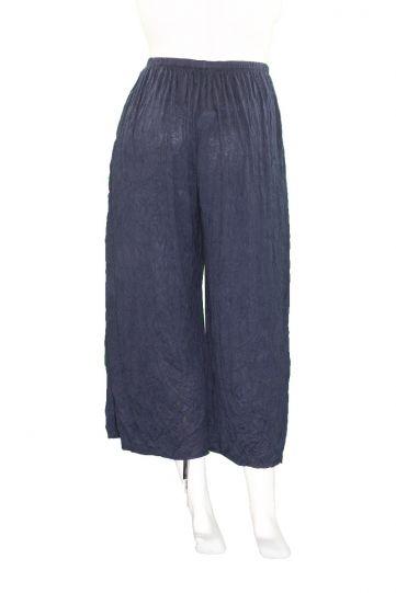 Comfy Plus Size Navy Crinkle Mina Crop Pant C238