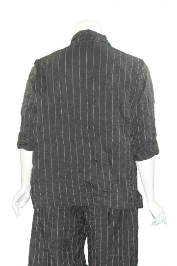 Chalet Plus Size Black Striped Crinkle Button Jacket XT95559