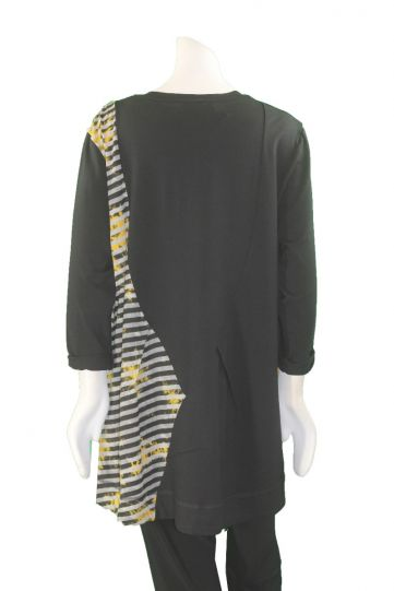 Redwood Court Plus Size Black/Yellow Seamed Tee WT435CSW