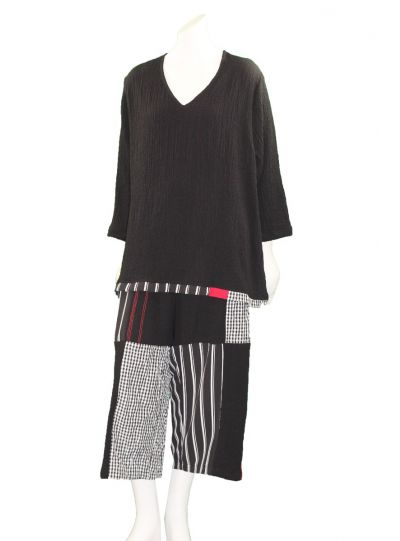 Ela Plus Size Black/Check Pullover Style Top 955