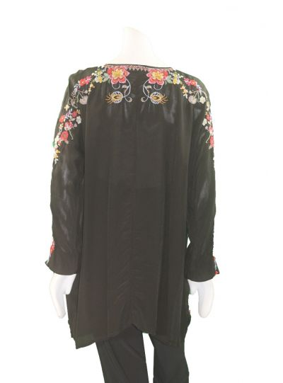 Johnny Was Black/Multi Floral Pullover Blouse C21818-9