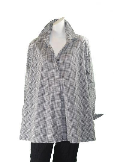 Comfy Plus Size Carol Print Naomi Shirt WSN503BW