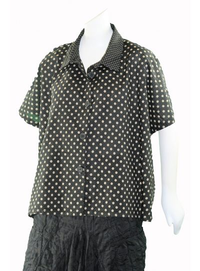 Dress to Kill One Size Black/Taupe Short Cappy Dot Shirt