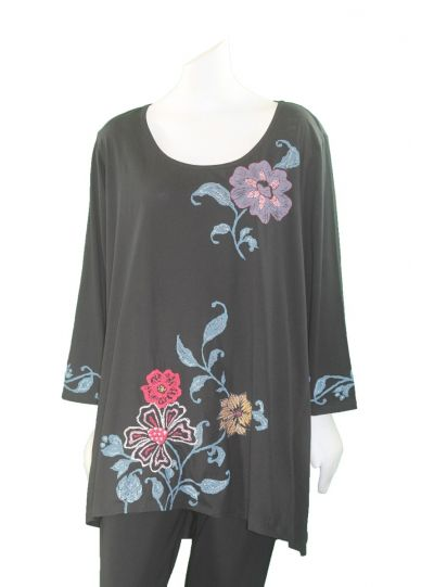 La Blend Plus Size Black Floral Tee LK4280T