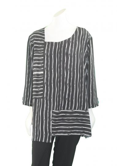 Niche Wide Striped Black/White Lantern Top 5594
