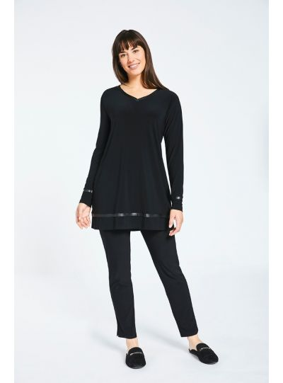 Sympli Black Frame V-Neck Tunic 23129-3