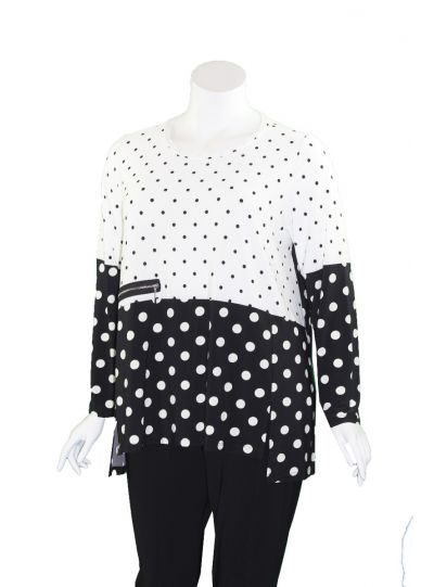 Comfy Plus Size White/Black Polka Dot Zipper Top SK517