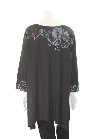 La Blend Plus Size Black Pullover Emb Tee LK0481T