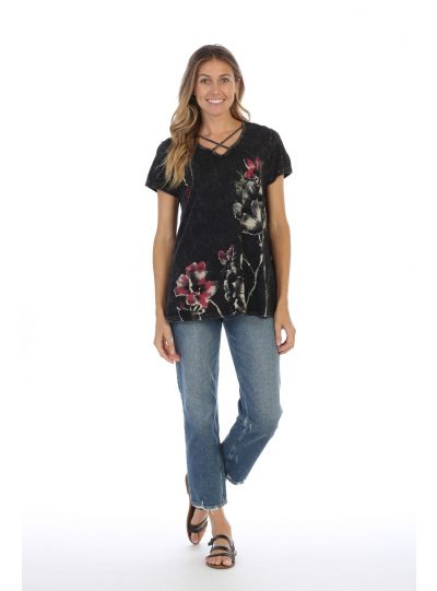 Jess & Jane Plus Size Black Criss Cross Eastern Bloom Tee M45-1304X